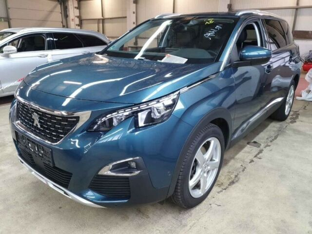 PEUGEOT 5008 5008 GT BlueHDi 180 Allure LED Pano AHK ACC Voll